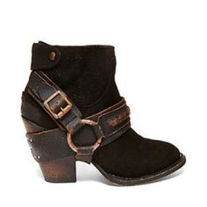 COMING SOON!!! NWOT Freebird by Steve Madden Boots